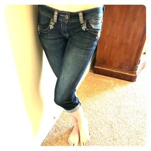 Crop Jeans with bling detail (like Miss Me)